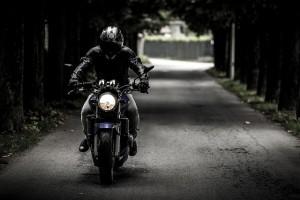 biker-407123_640-300x200