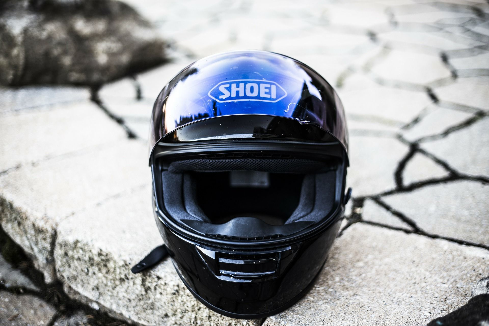 purple shoei bike helmet